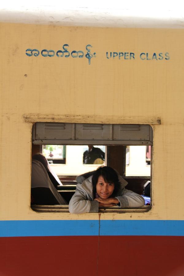 Die Eisenbahn ist ein beliebtes Transportmittel