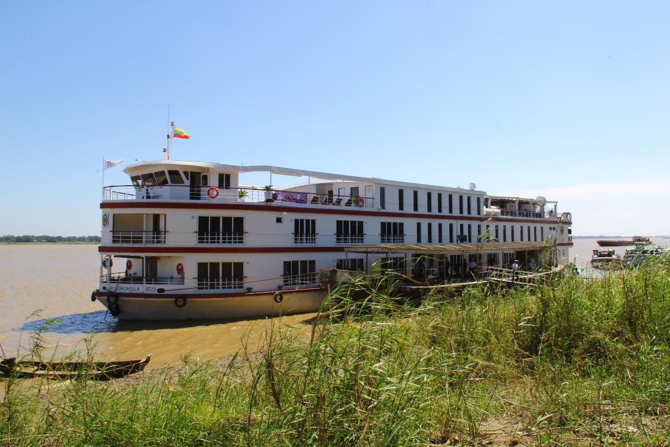 Die Orcaella -ein Flusskreuzfahrtschiff in Myanmar.