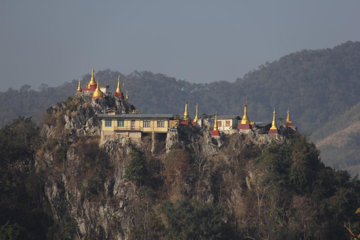Ein Bergkloster